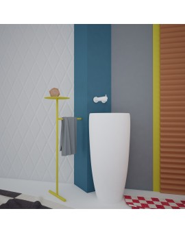 Metal stand - bath helper